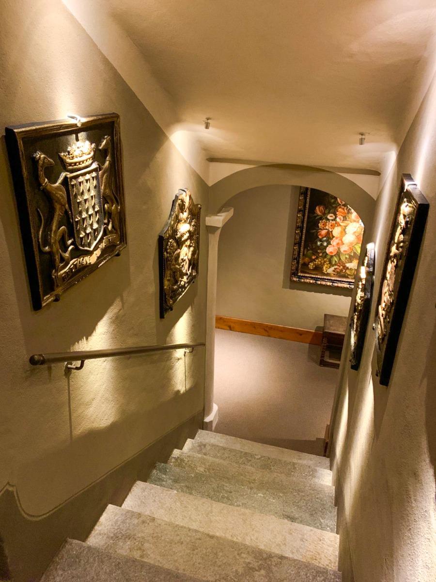 Placa de chimenea como decoración